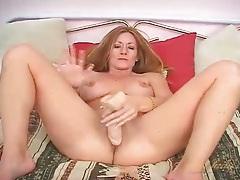Sexy big breasts milf fucks a dildo tubes