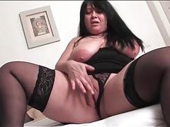 Bbw mature in black stockings masturbates vagina tubes