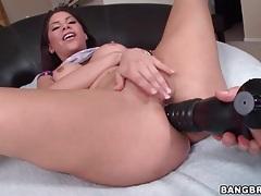 Big toy fucks the ass of a sexy slut tubes