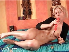 Cute blonde dildo fucks her steamy cunt tubes
