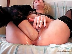 Self fisting porn video with blonde mature tubes