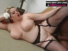 Sexy bbw wears lingerie and gets fucked tubes