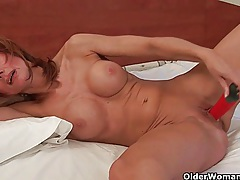 Redheaded moms crave orgasm tubes
