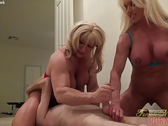 Ashlee chambers and wildkat with a slave tubes