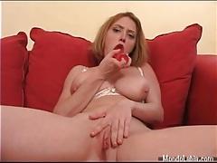 Curvy girl fucks cunt with a big dildo tubes