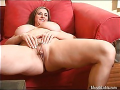Fat girl strips off lingerie and masturbates tubes
