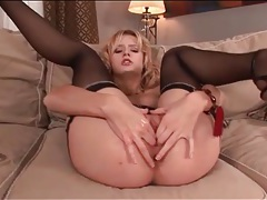 Blonde finger fucks her soaking wet pussy tubes