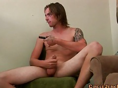 Sleeve tattoo guy jerks off to porn tubes