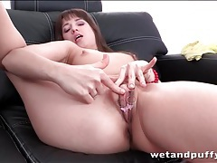 Teen brunette models jewelry on her cunt tubes