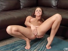 Cute pornstar gets naked to fuck a toy tubes