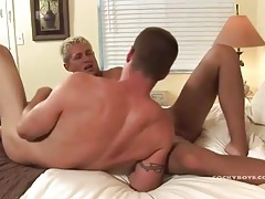 Bleached blonde dude sucks a dick and bottoms tubes