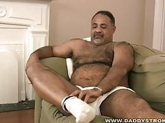 Mature black bear jerks off tubes