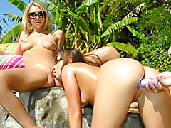 Lesbian pool adventures tubes