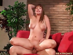 Big bouncing titties on a naughty cock rider tubes