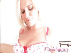 Curvy victoria summers strips in solo porn tubes