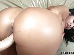 Stunning big round ass on hot cock rider tubes