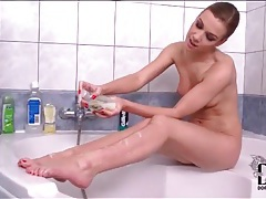 Small tits pornstar alexis crystal in bathtub tubes
