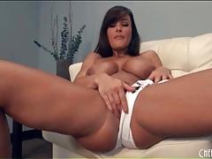Solo lisa ann looks sexy in skimpy bikini tubes