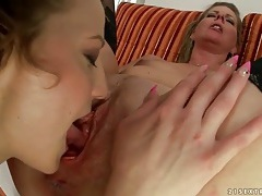 Close up cunt eating in old young lesbian porn tubes