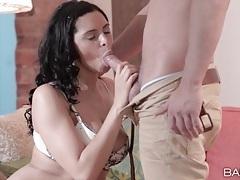 Kira queen sucks dick in sexy bra and panties tubes
