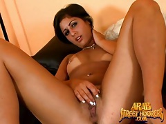 Pierced pussy arab girl masturbates and sucks dick tubes