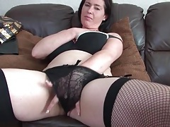 Solo mom strips from her slutty outfit tubes