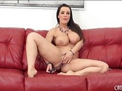 Curvy lisa ann masturbates her milf pussy tubes