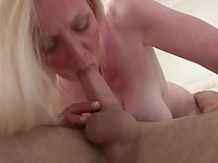 Sexy mature in 69 scene with young guy tubes