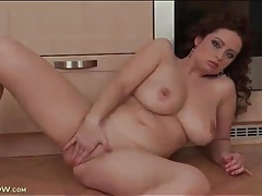 Horny girl with sexy curves rubs her cunt tubes