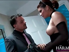 Seductress in lipstick gives a hot blowjob tubes