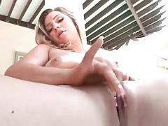 Blonde pleasures her pussy lips poolside tubes