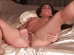 Pink milf pussy with pubic hair fucks a toy tubes