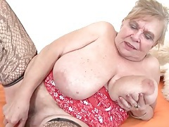 Fat grandma with huge tits fucks a toy tubes