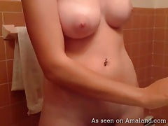 Webcam amateur has big young tits tubes