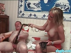 Old dude and hot blonde flog each other tubes