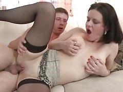 Fucking mature pussy and cumming on her tubes