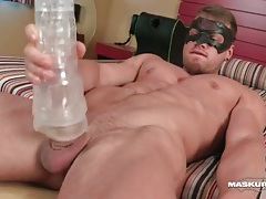 Hotel room toy sex with muscular hottie tubes