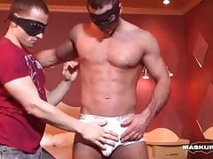 Hard body hottie bares his dick for handjob tubes