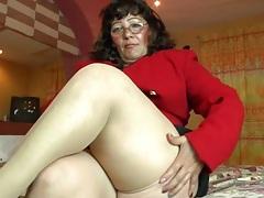 Fat mature in tan stockings masturbates tubes