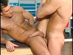 Hard guys have anal sex for a workout tubes