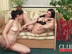 Pussy eating and dildo fucking lesbian girls tubes