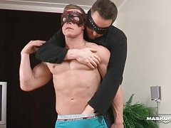 Smooth muscular body looks sexy in gay porn tubes