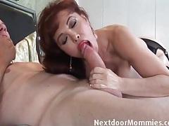 Curvy mature in red lipstick sucks a dick tubes