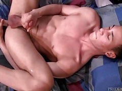 Solo boy fucks a toy and dreams of anal sex tubes