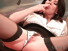 Sultry brunette milf in stockings masturbates tubes