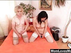 Old ladies lick snatch in lesbian 69 tubes