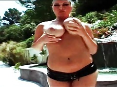 Dildos and fingers fuck voluptuous slut outdoors tubes
