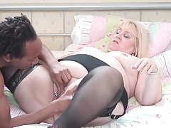 Fat old babe fucked by hard black cock tubes