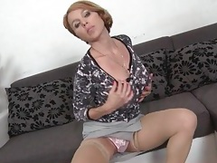 Sexy mom teases her cunt and big tits tubes