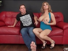 Slutty milf alyssa lynn sucks cock and balls tubes